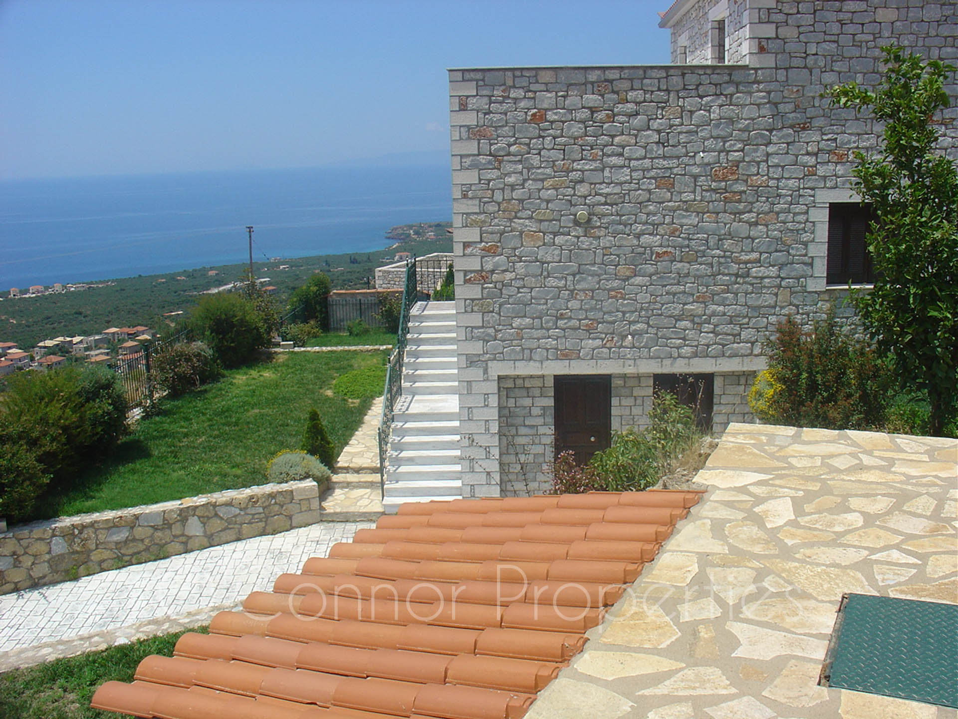 Stunning, spacious 3-bed - 2-bath stone villa with separate studio -807--57